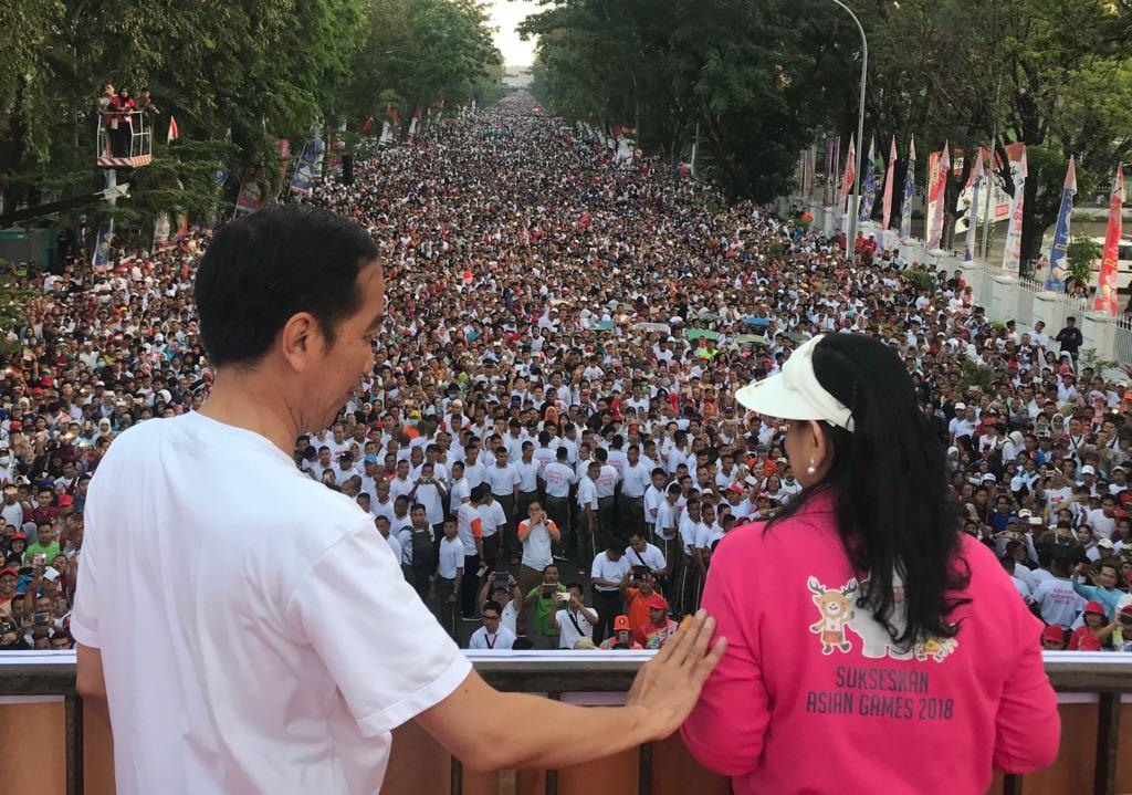 Jalan Sehat Awali Kegiatan Presiden di Makassar