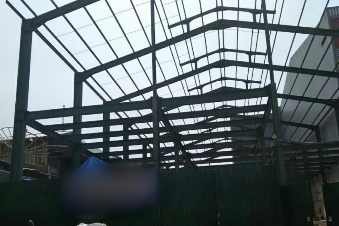 Diduga Gudang Ilegal di Penjaringan - Jakarta Utara Tetap Berjalan