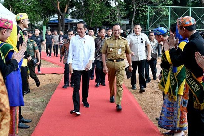 Jokowi Sebut Politikus Sontoloyo, Anies Baswedan Tersenyum