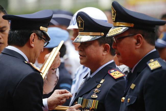 Ronny Sompie Terima Satyalencana Wira Karya, Ketum PPWI: Selamat