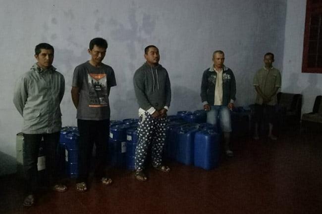 Enam Penjual BBM Bersubsidi Di Amankan Satreskrim Polres Banyuwangi