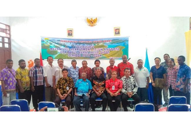 Kesbangpol Papua Barat Gelar Sosialisasi Kursi DPRD Otsus