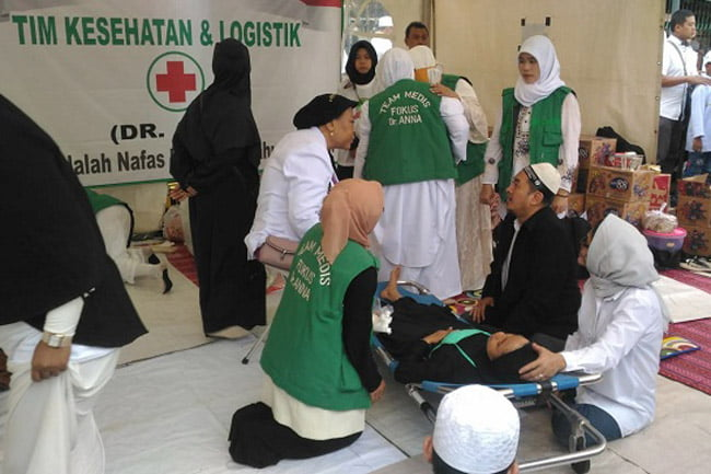 Team Kesehatan Mandiri Dr Anna Siap Rawat Jamaah 212 Yang Sakit