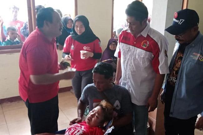 Bupati Pangandaran Kunjungi Pengobatan Gratis Relawan Jokowi-Makruf
