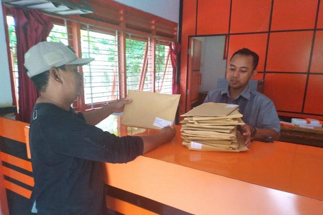 Panwaslu Kecamatan Awasi Beredarnya Tabloid Indonesia Barokah