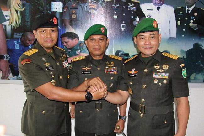 Panglima Kodam XVII/Cenderawasih Pimpin Sertijab Kepala Staf