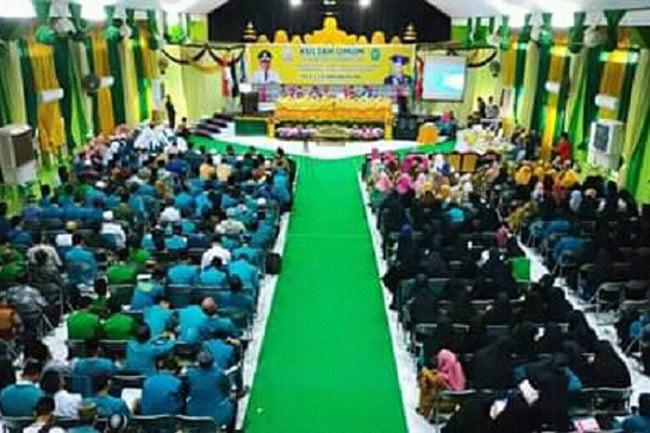 Gubernur Sulsel Sharing Pengalaman di IAI Asadiyah Sengkang