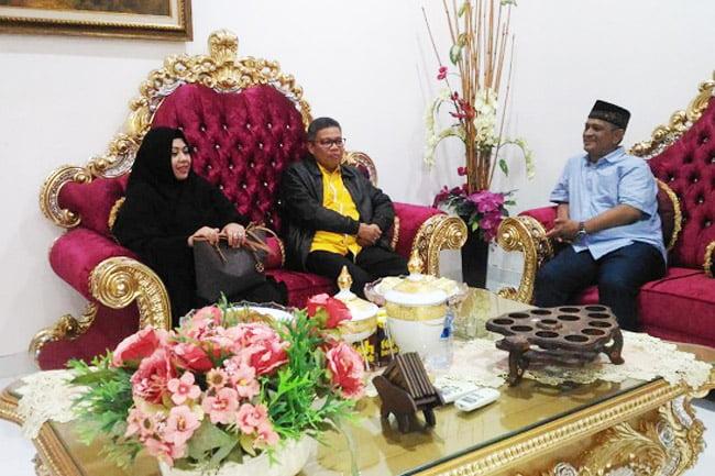 Walikota Parepare Bersilaturrahim Di Kediaman Mantan Bupati Wajo