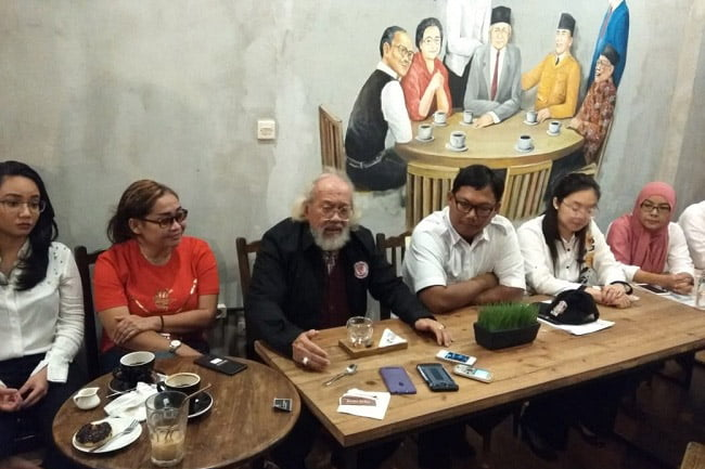 Legenda Hidup Persija dan Timnas Indonesia Dukung Jokowi-Makruf
