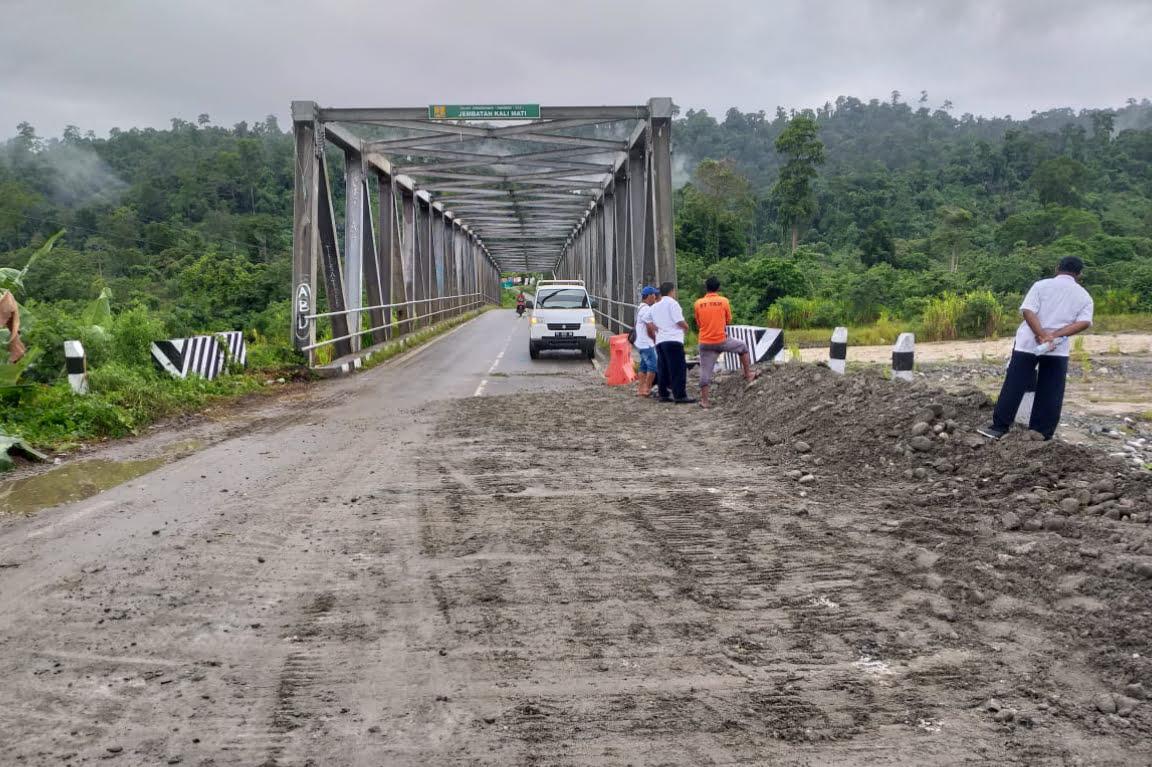 Penanganan Darurat Jembatan Wedoni dan Jembatan Ransiki Rampung