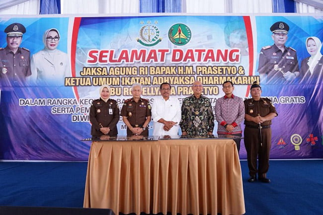 Jaksa Agung Buka Operasi Katarak dan Hernia Gratis di Kejati Medan