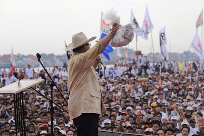 Dapat Dana Perjuangan, Prabowo Siap Mengabdi Kepada Rakyat