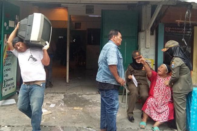 Dasar Eksekusi Pengosongan Rumah di Kalibaru Diduga Surat Kekitir Palsu