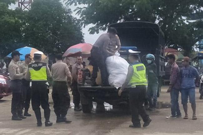 Polres Muna Kirim Bantuan Untuk Bencana Banjir Konawe Utara