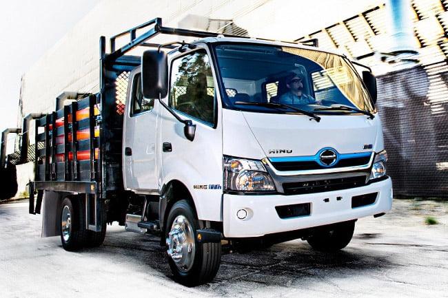 HMSI Tampilkan Hino Dutro Hybrid di GIAAS 2019