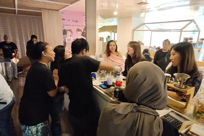 Ulangtahun PT Sarinah Diwarnai Event Nubruk Kopi Nusantara