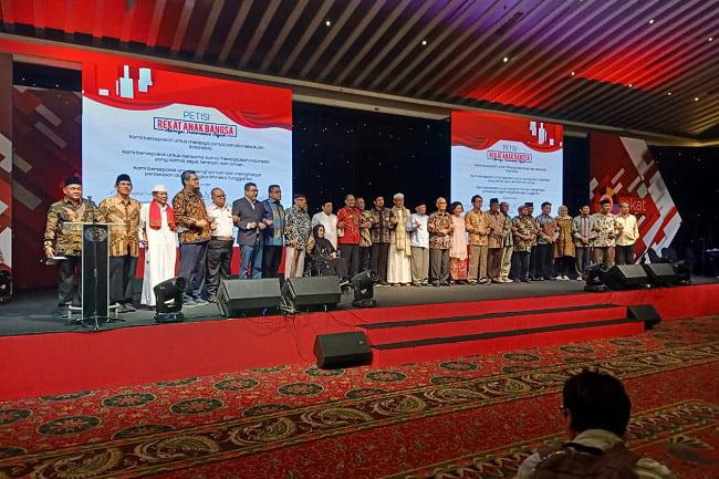 Ryamizard Ryacudu: TNI Pasti Setia Pada Pancasila dan UUD 1945