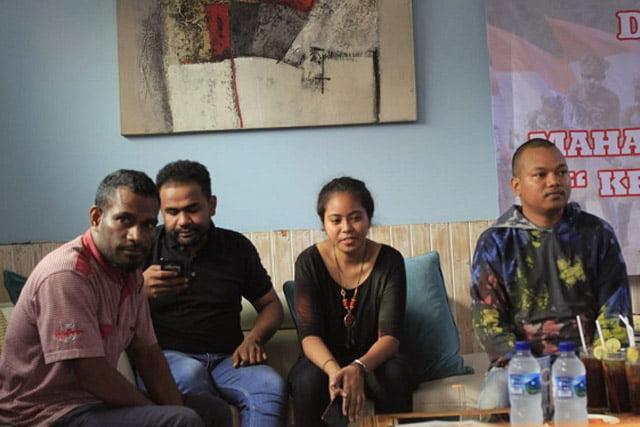 Mahasiswa Papua, Antara Cinta NKRI, Rasis dan Keluarga Diancam