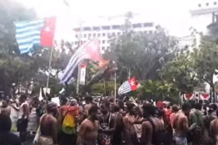 Tamparan Keras dari Papua, Sebuah Opini Dimas Huda
