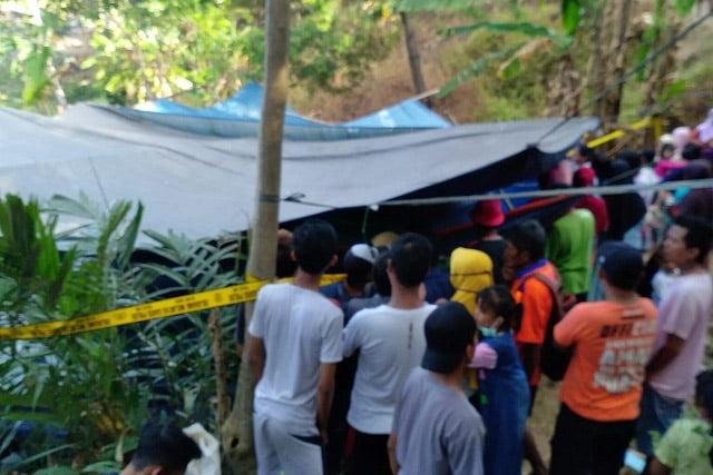 Tim Forensik Polres Bogor Lakukan Pembongkaran Makam di Brebes
