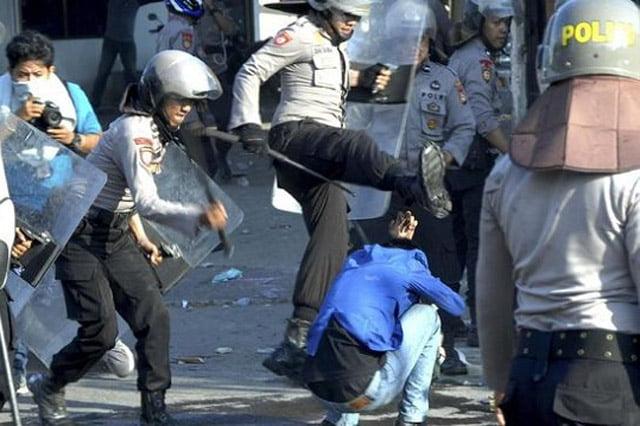 Indonesia Menuju Police State. Opini Asyari Usman