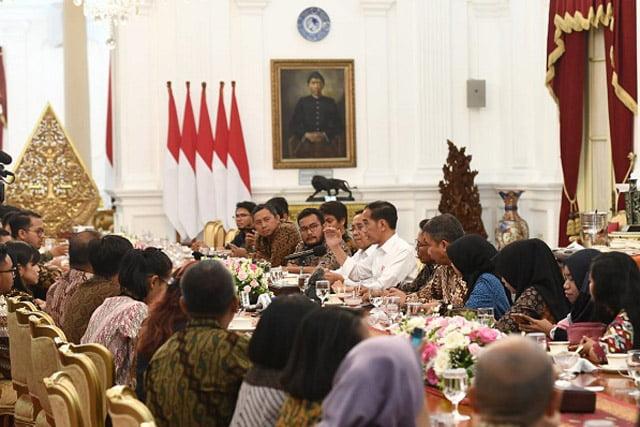 Jokowi Paparkan Alasan Pilih Nadiem Makarim Jadi Mendikbud