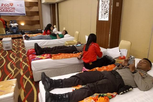 Menyongsong HUT Ke 10, Aston Niu Hotel Gelar Donor Darah