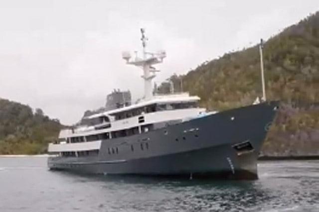 Baru Sebulan, Kapal Pesiar Aqua Blu Dikabarkan Kandas di Raja Ampat