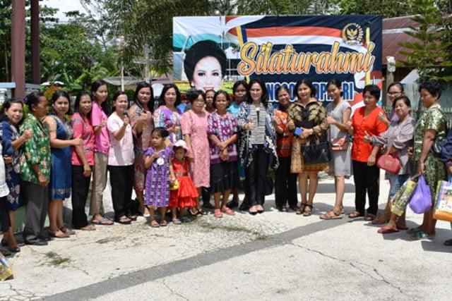 Anggota DPR RI Ary Egahni Serap Aspirasi Warga Desa Saka Mangkahai