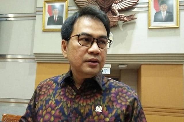 Penyelesaian Masalah Papua. Opini Azis Syamsuddin