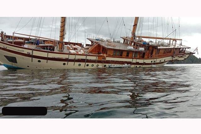 Kapal Pesiar KM Lamima Tabrak Karang di Misool Raja Ampat