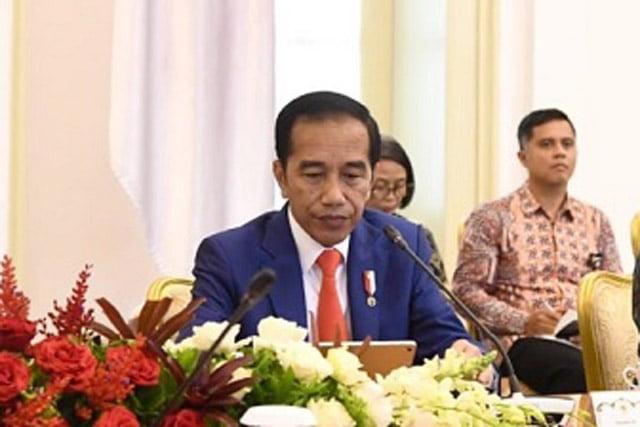 Jokowi Minta Dampak Virus Korona Terhadap Perekonomian Dikalkulasi