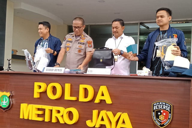 Cemarkan Nama Baik Rektor Unima, Dosen dan Anggota LSM Ditangkap