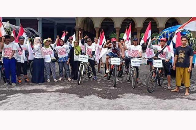 Ingin Curhat ke Gubernur, Warga Pancer Banyuwangi Kayuh Sepeda Onthel ke Surabaya