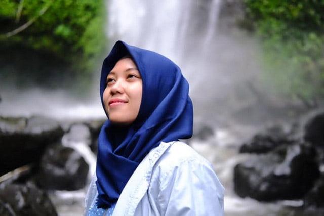 "Indonesia Keep Social Distancing, ""Krisis Abu-Abu"". Opini Naili Amalia"