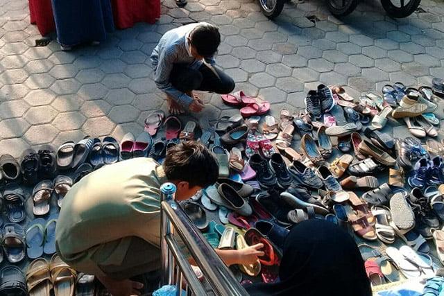 Korona Merebak, Ibadah Malang Kadak (2) Opini KH Musta'in Syafi'ie