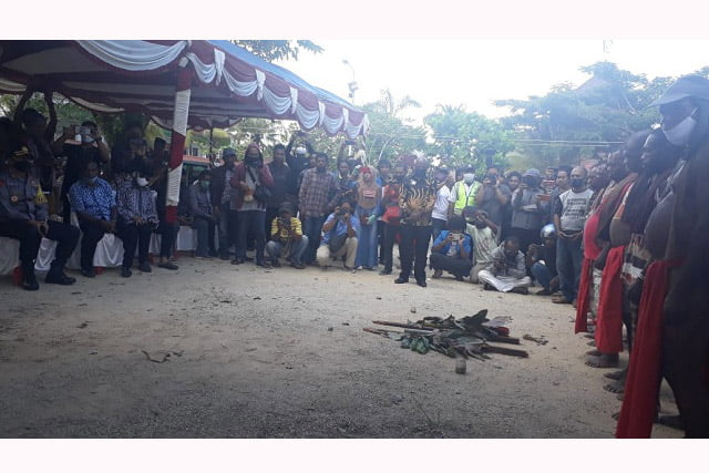 Sumpah Adat Suku Moi di UM Sorong Berujung Maut?