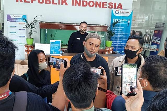 Relawan Jokowi Laporkan Menteri BUMN dan Menteri Keuangan ke Ombudsman