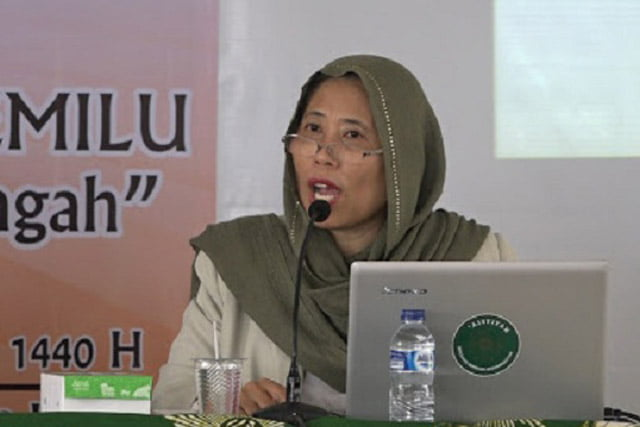 MK (+KPU dan Bawaslu) vs MA (dan Rakyat yang didlolimi). Opini Chusnul Mar'iyah