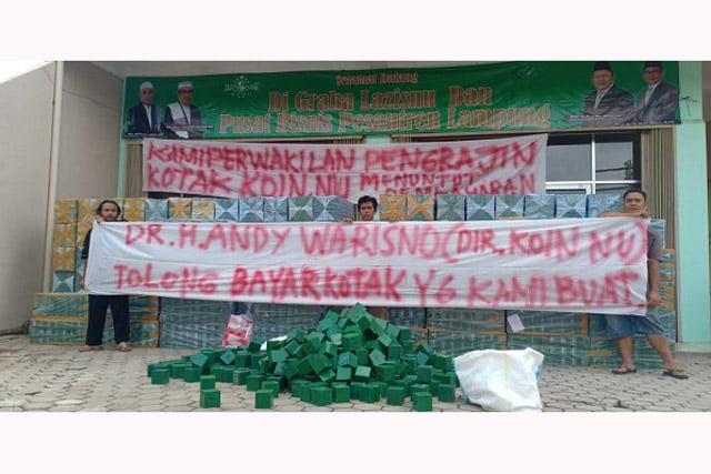 Direktur Koin NU LAZISNU Lampung Dituding Sengsarakan 200 Perajin Kayu Pesawaran