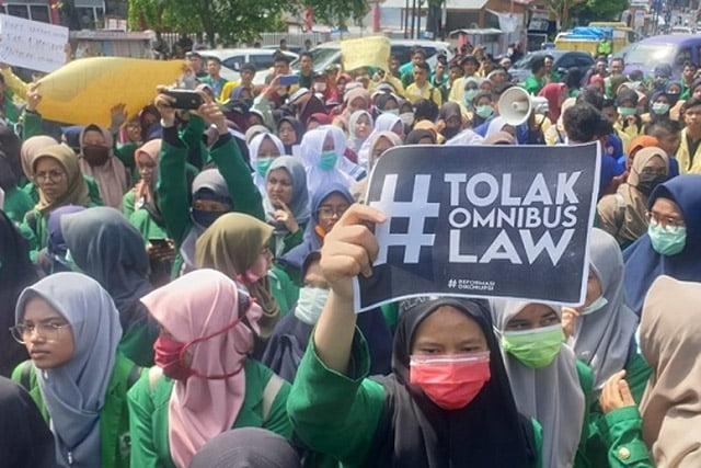 PKS Tagih Janji Pemerintah, Cabut Klaster Ketenagakerjaan dari Omnibus Law