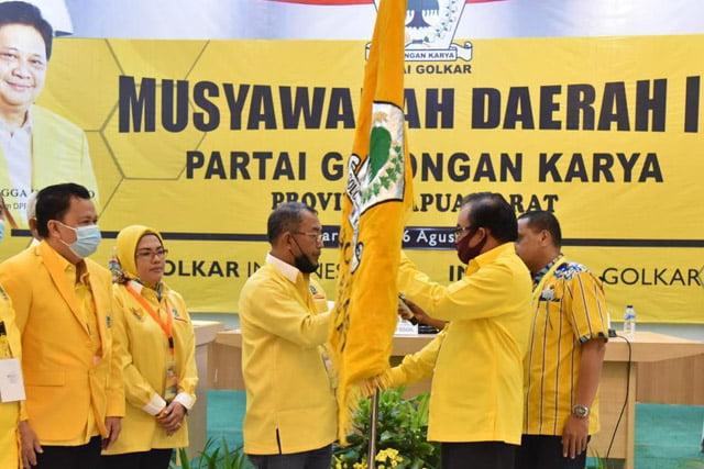 Lambertus Jitmau WO, Alfons Manibuy Jadi Ketua DPD I Partai Golkar Papua Barat