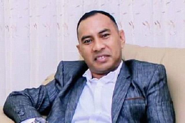 Rustam Fadly Tukuboya Dukung Menpan RB Pecat Istri Siri Bupati Buru