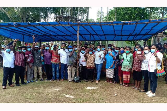 Warga Kampung Duber Dukung Penuh Naomi Piet