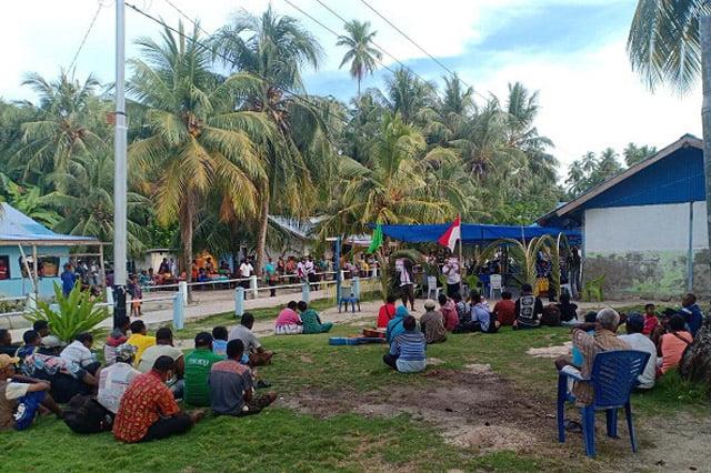 Kunjungi Pulau Rani Napi Naomi Piet Janji Akan Penuhi Janji