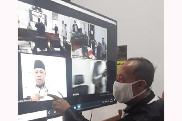 Sidang Ruslan Buton Ditunda Gegara Saksi Zoom Dari Rumah