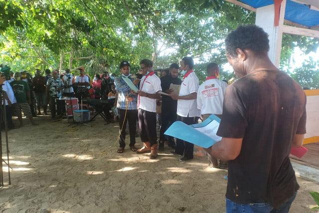 12 Marga Besar di Kabupaten Supiori Dukung Pasangan Naomi Piet