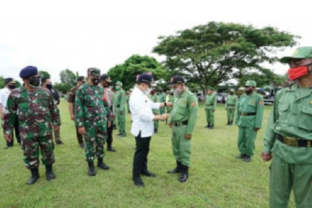 Pemkab Banyuwangi Gelar Apel Pasukan Satlinmas Pengamanan Pilkada 2020