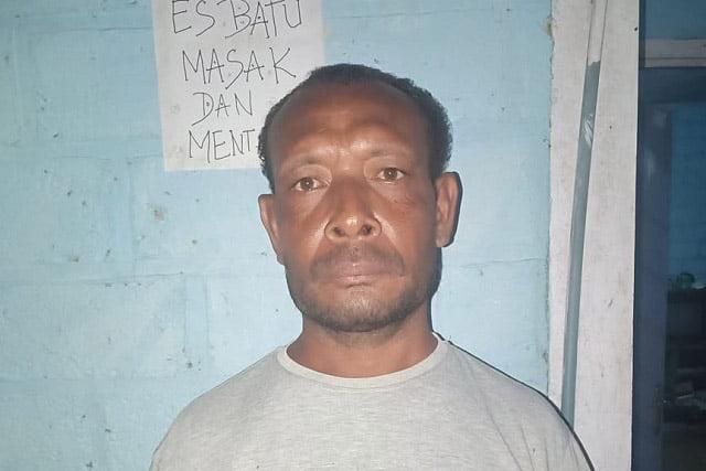 Diduga SK Pemberhentian Sekretaris dan Bendahara Kampung/Desa Wombonda Supiori Palsu