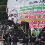 IPW Sebut TNI Turunkan Baliho Habib Rizieq Karena Satpol PP dan Polisi Tidak Berani